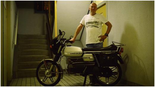 Freek Plomp bij zijn Kreidler RMC uit 1980