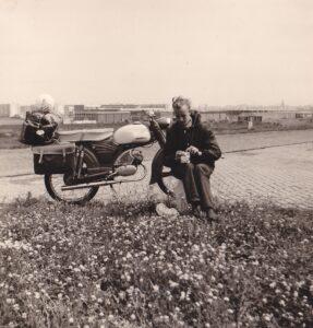 Jan de Vries met zijn trouwe kameraad